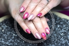 Gel-Nägel mit Cats-Eye in Pink und Effekt-Farbe in antique Rose